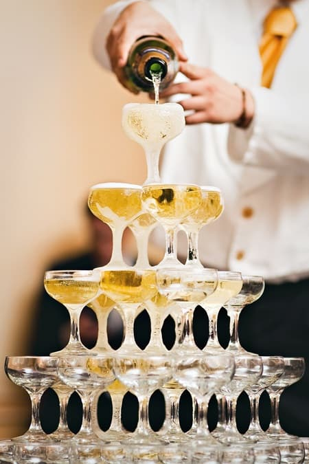 how-to-build-a-champagne-fountain