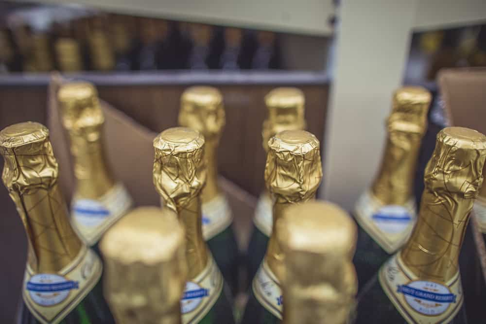 how-to-buy-inexpensive-champagne